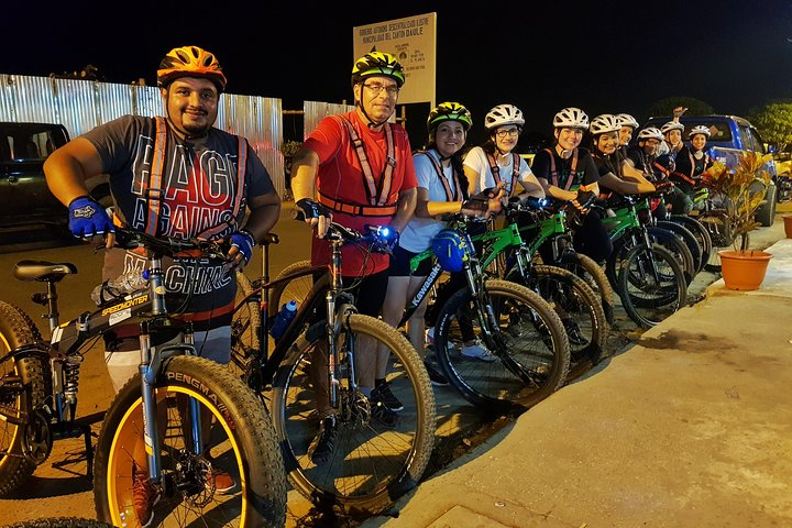 Tour en bicicleta: Daule Nocturno, Guayaquil, ECUADOR