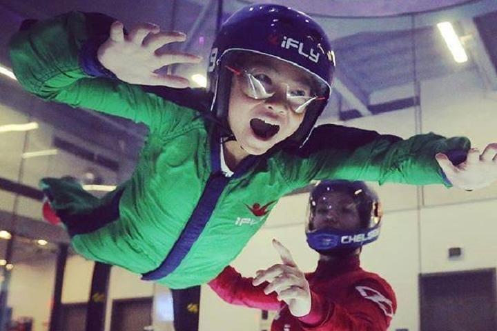 Denver Indoor Skydiving Experience with 2 Flights & Personalized Certificate, Denver, CO, ESTADOS UNIDOS