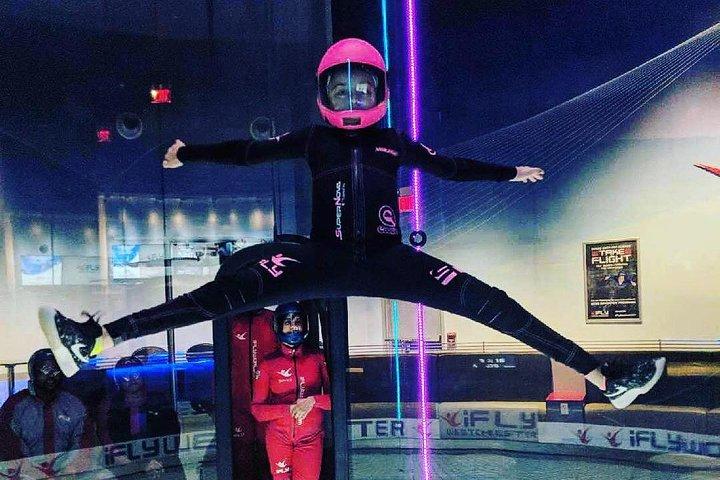 San Diego Indoor Skydiving Experience with 2 Flights & Personalized Certificate, San Diego, CA, ESTADOS UNIDOS