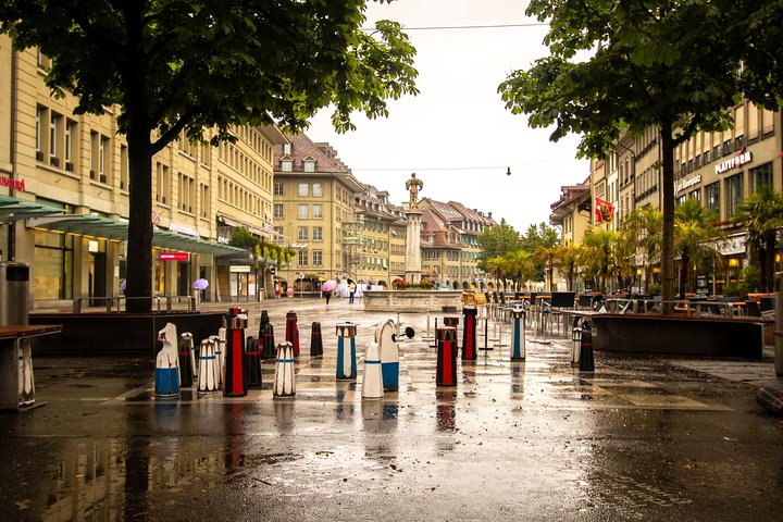 Discover Art in Bern with a Local, Berna, SUIZA