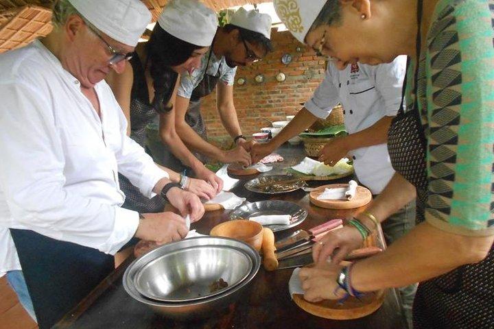 Hoi An Eco Cooking Class(Local market, Basket boat, crab fishing& cooking class), Hoi An, VIETNAM