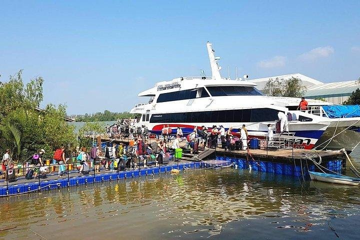 Koh Tao to Khao Sok by Lomprayah High Speed Catamaran and Shared Minivan, Ko Tao, Tailândia