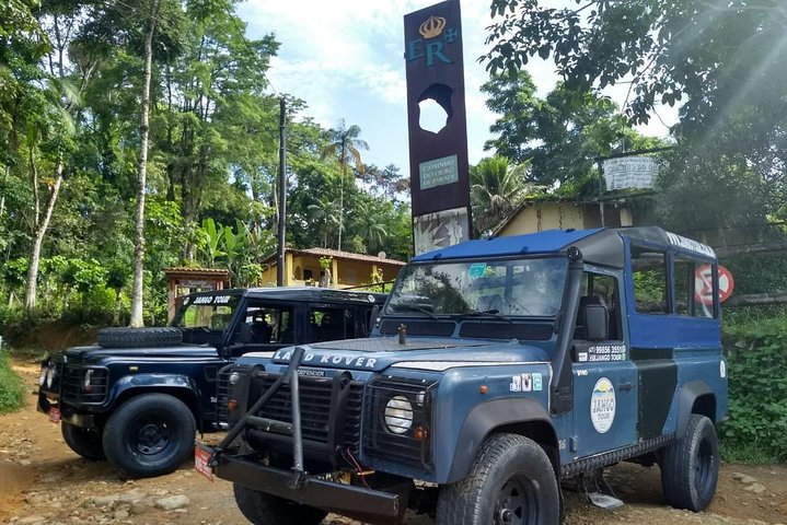 Jeep Tour Cachoeiras e Alambique - Percurso curto - Paraty by Jango Tour, ,
