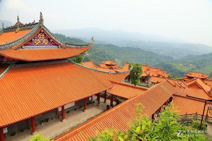 2-Day In-depth Shaolin Temple Discovery Tour from Zhengzhou with Accommodation, Zhengzhou, CHINA