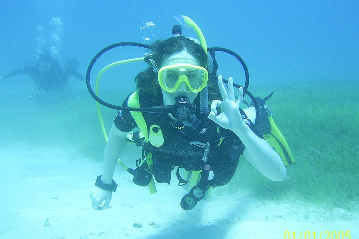 2-Tank Discover Scuba Diving Check in at 7:30am, ,