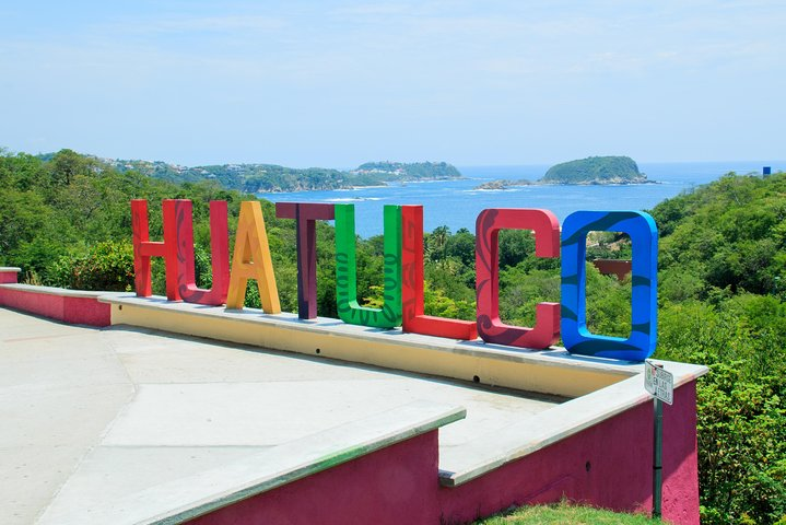 Private City Sightseeing & Shopping Tour with Mezcal Tasting, Huatulco, MÉXICO