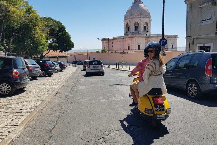 Excursión privada en Vespa por Lisboa, Lisboa, PORTUGAL