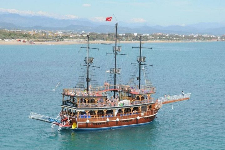 Dolphin Islands Boat Trip with Hotel Transfers, Side, TURQUIA