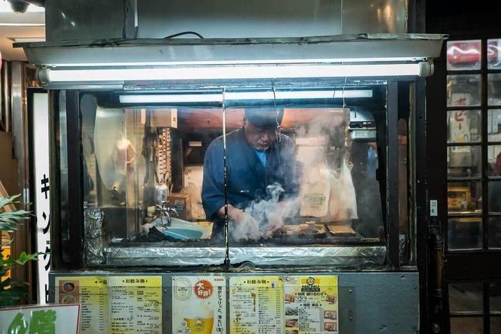 Walking Food Tour in Yurakucho, Shimbashi and Ginza, Tokyo, JAPON