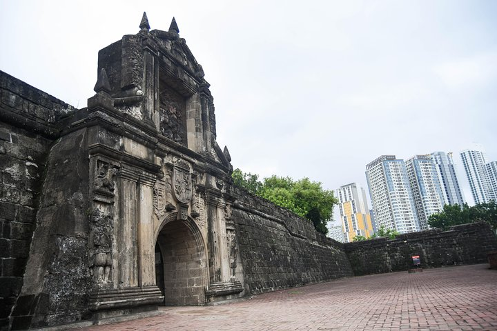 Introduction to Philippine History, ,