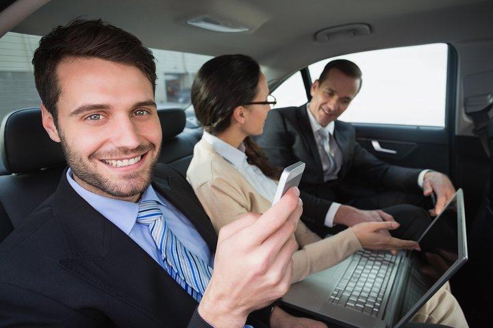 JFK Airport - Executive Car Service - Round Trip, Brooklyn, NY, ESTADOS UNIDOS