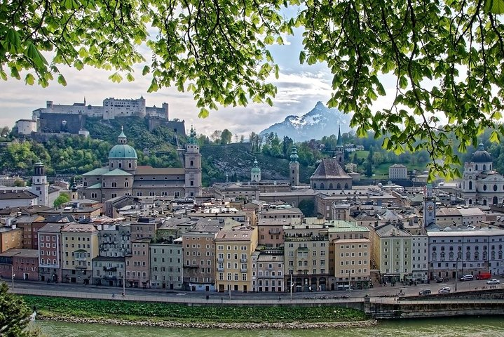 Private Transfer from Nuremberg to Salzburg with 2h of Sightseeing, Nuremberg, GERMANY