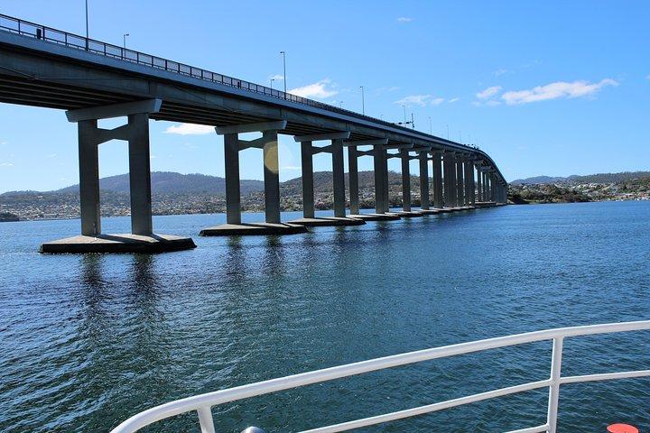 Derwent River Historic Harbour Cruise From Hobart, Hobart, AUSTRALIA
