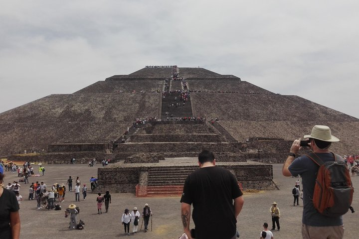 Acolman-Teotihuacán-Plaza of the Three Cultures- Craft Workshop, Ciudad de Mexico, Mexico