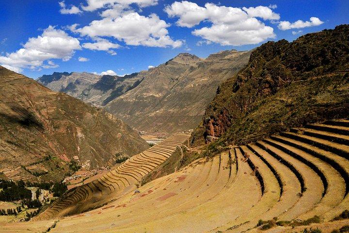 Overnight Tour of Sacred Valley and Machu Picchu, Cusco, PERU