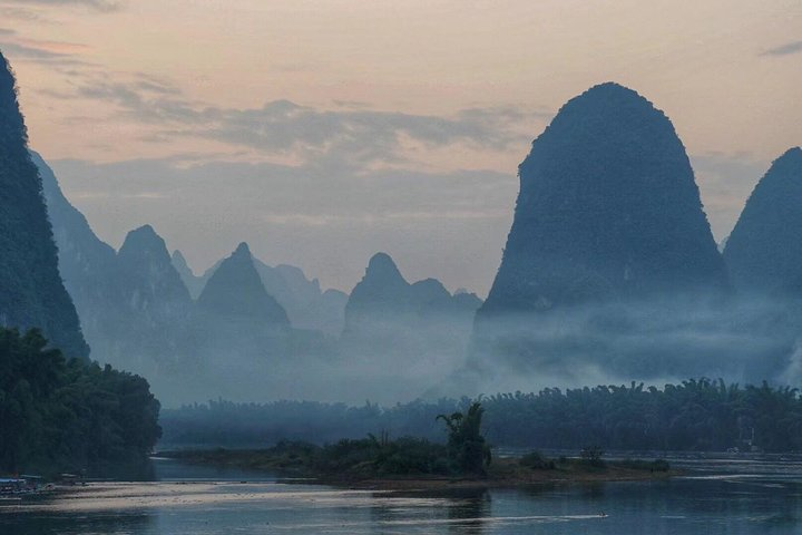 2-Day Private Yangshuo Trip By Round-way Bullet Train From Shenzhen, Shenzhen, CHINA
