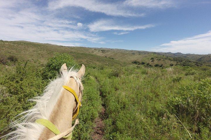 Cabalgata por las Sierras, ,