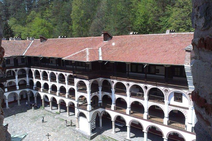 Excursión en autobús al monasterio de Rila y la iglesia de Boyana, Sofia, BULGARIA