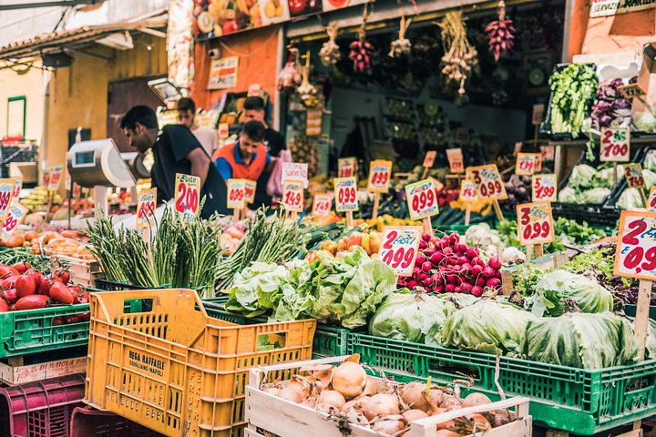 Small-group Street food tour in Alberobello, Alberobello y Locorotondo, ITALIA