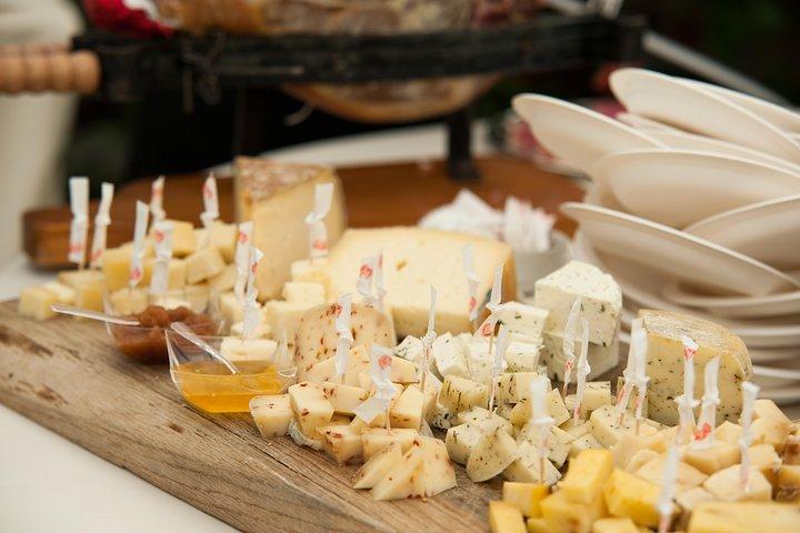Small-group Street food tour in Asti, Asti, ITALIA