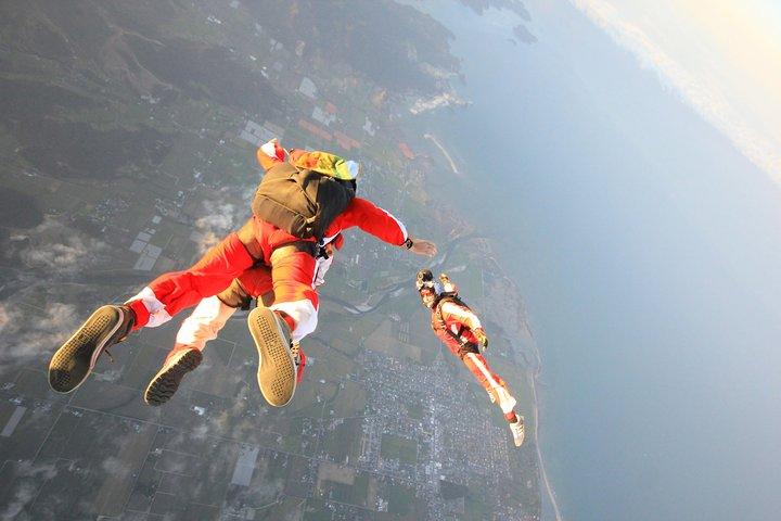 13,000ft Skydive over Abel Tasman with NZ's Most Epic Scenery, Motueka, NUEVA ZELANDIA