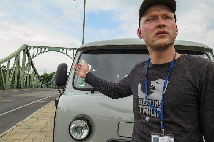 Private Potsdam City Tour in a Russian vintage minibus, Potsdam, Alemanha