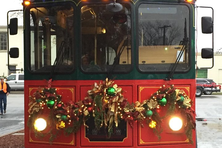 Jolly Trolley Sightseeing Tour from Fredericksburg to Johnson City, ,