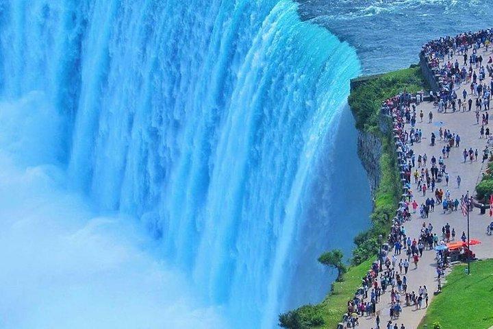 Niagara Falls Sightseeing Day Tour from Toronto, Toronto, CANADA