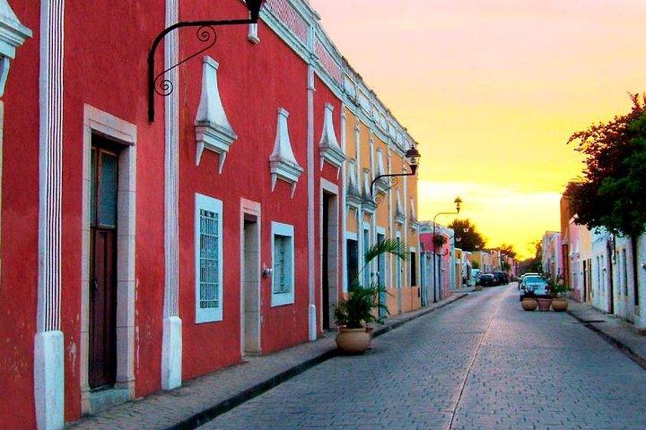 Excursión a Chichén Itzá, el cenote de Ik Kil y Valladolid con todo incluido, Cancún, MEXICO