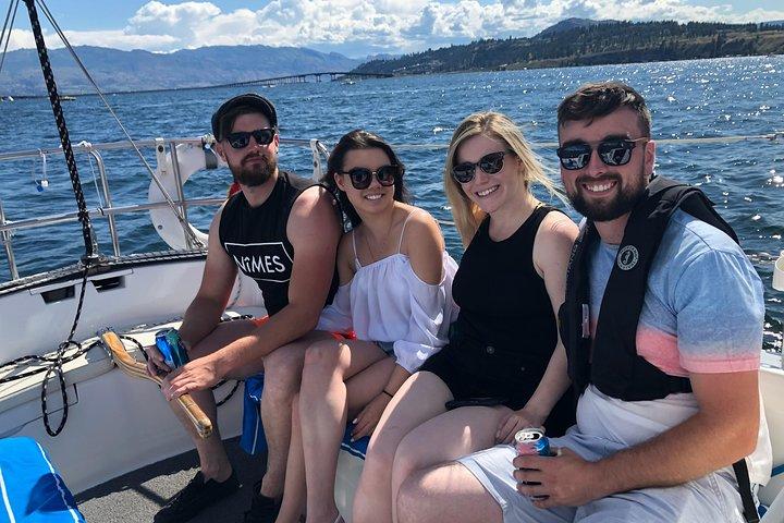 Private Kelowna Sailing Cruise on Okanagan Lake, Kelowna y Okanagan Valley, CANADA