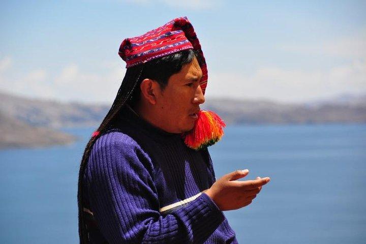 Caiaque nas Ilhas Uros e Taquile, Puno, PERU