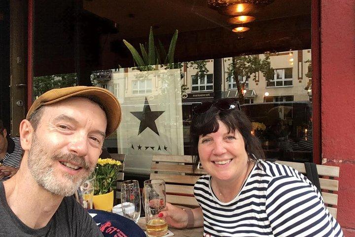 Recorrido a pie de medio día por Berlín para grupos pequeños: David Bowie y el fin del mundo, con un guía especializado en historia, Berlin, ALEMANIA