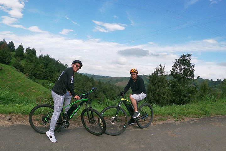 El sendero del Cacique (Nature Bike tour), Pereira, COLOMBIA