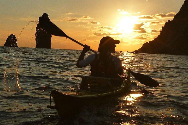 Explore Vulcano Island by Kayak, Islas Eolias, ITALY