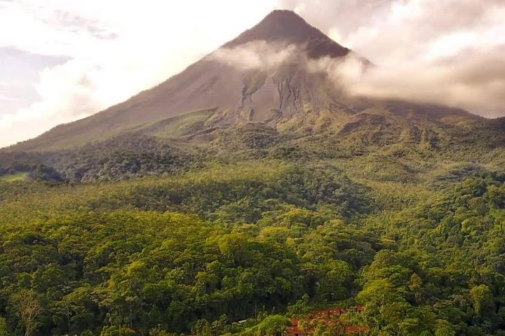 Private Transfer from Puerto Viejo to Arenal, Limon, COSTA RICA