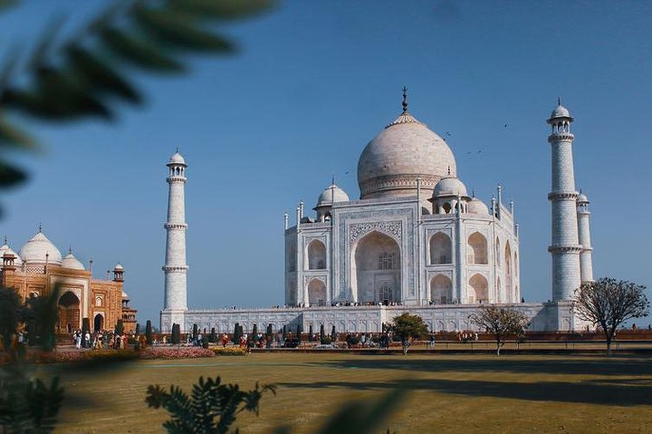 Tajmahal Overnight Tour with Christmas celebration, Nueva Delhi, Índia
