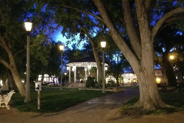 6pm PRIVATE 90-Minute Ghost Tour Up to 5 people Included, Albuquerque, NM, ESTADOS UNIDOS