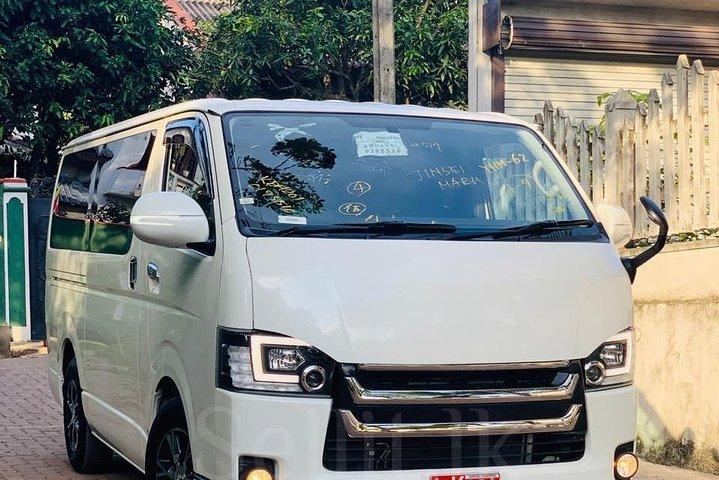 Sri Lankan Tourist Driver ., ,