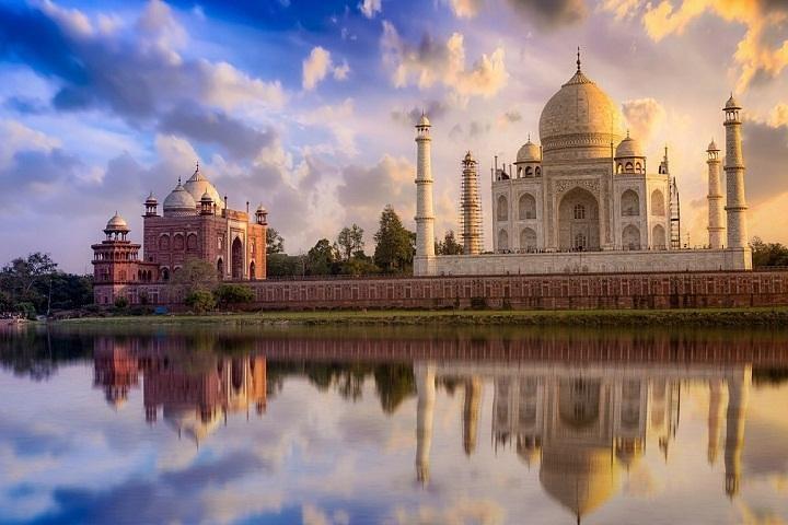 Private Taj Mahal Tour by Train from Delhi-All Inclusive, Nueva Delhi, India