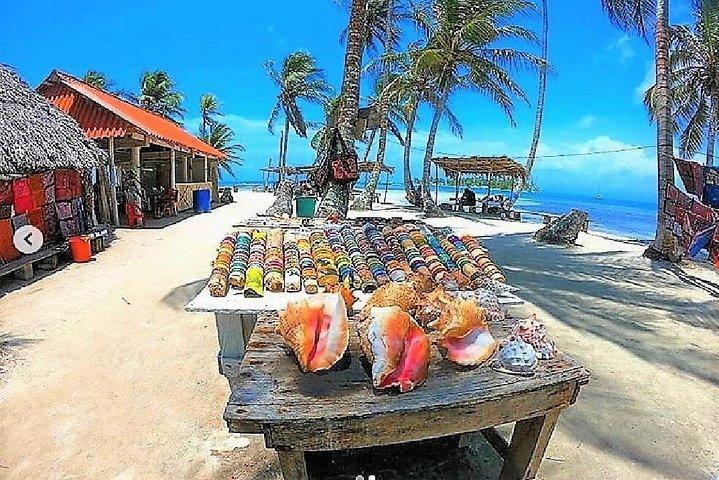 Visit San Blas Islands - Day Tour to 3 spots + Snorkeling + Meal + Drink, Islas San Blas, Panama