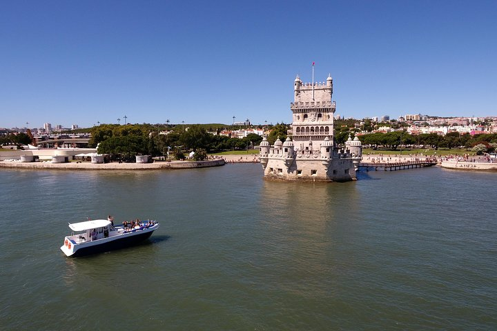 Crucero privado para ocasiones especiales: grupos de hasta 18 personas, Lisboa, PORTUGAL