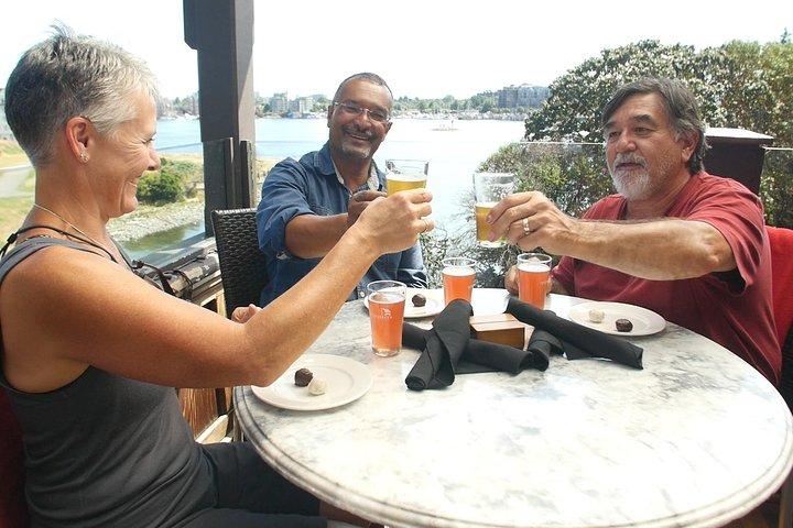 Craft Beer Tasting by Bike, Isla de Vancouver, CANADA