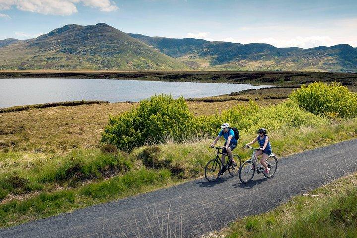 Electric biking Westport & the Great Western Greenway, Mayo. Self Guided., Westport, CT, ESTADOS UNIDOS