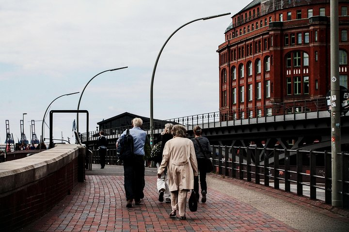 Hamburg Full Day Tour with a Local: 100% Personalized & Private, Hamburgo, Alemanha