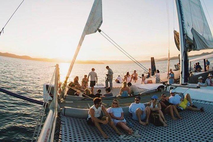 Sunset Sail In The Whitsundays, The Whitsundays y Hamilton Island, AUSTRALIA