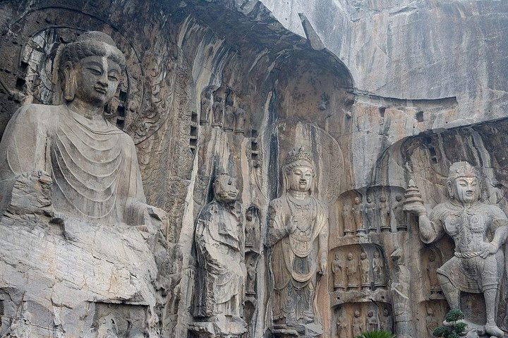 2-Day Private Trip from Xi'an with Hotel: Shaolin Temple and Longmen Grottoes, Zhengzhou, CHINA