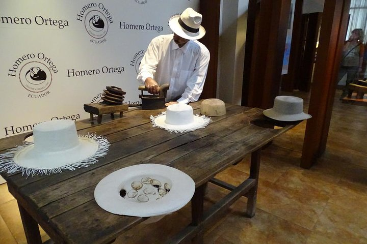 City Tour En Cuenca Medio Dia Más Visita A Fabrica De Sombreros, Cuenca, Equador
