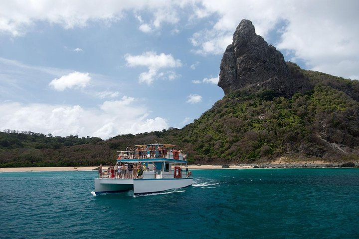 Half-Day Catamaran Tour of the Fernando de Noronha Archipelago, Fernando de Noronha, BRASIL