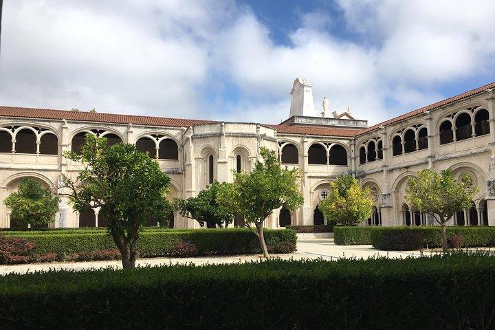 Óbidos, Alcobaça and Nazaré, Private Tour, Full Day, Lisboa, PORTUGAL