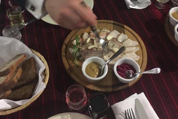 Kyiv Restaurant Food Tour: Ukrainian Cuisine Tasting, Kiev, Ucrânia